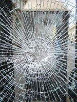 1006530_broken_glass