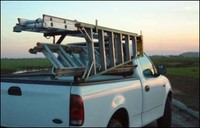 Ladders_on_truck